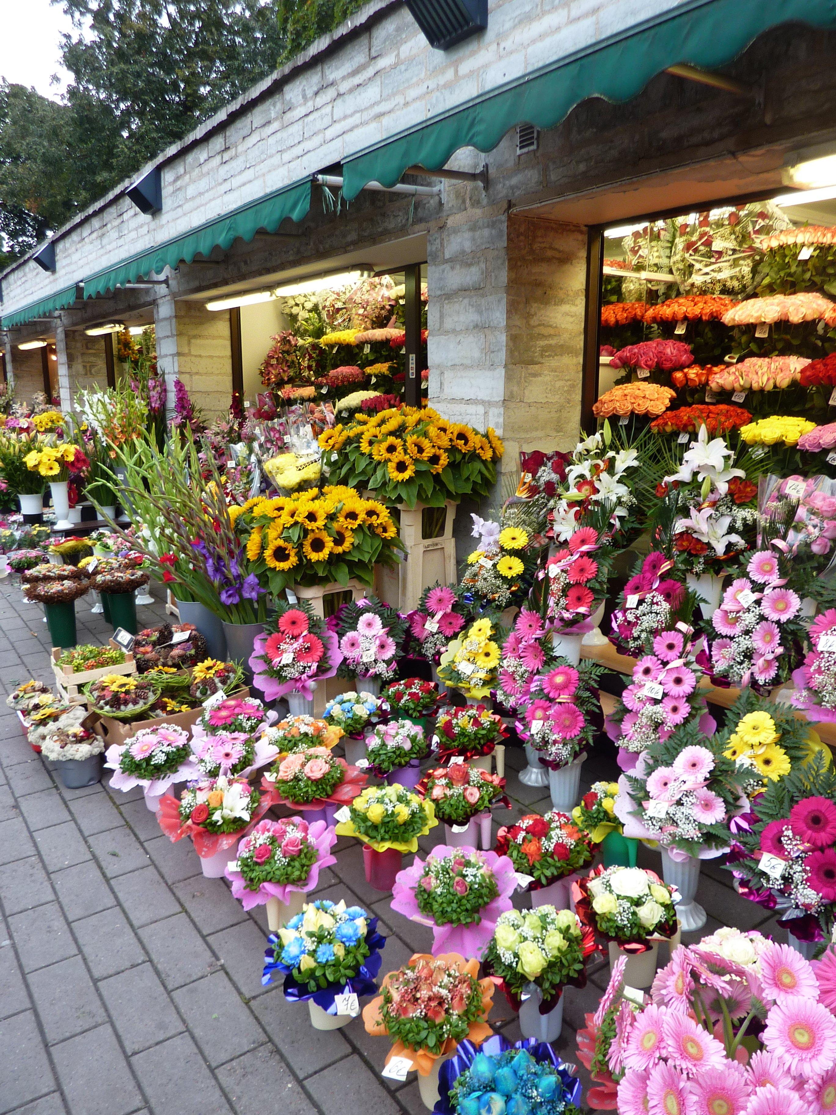 flower-stalls